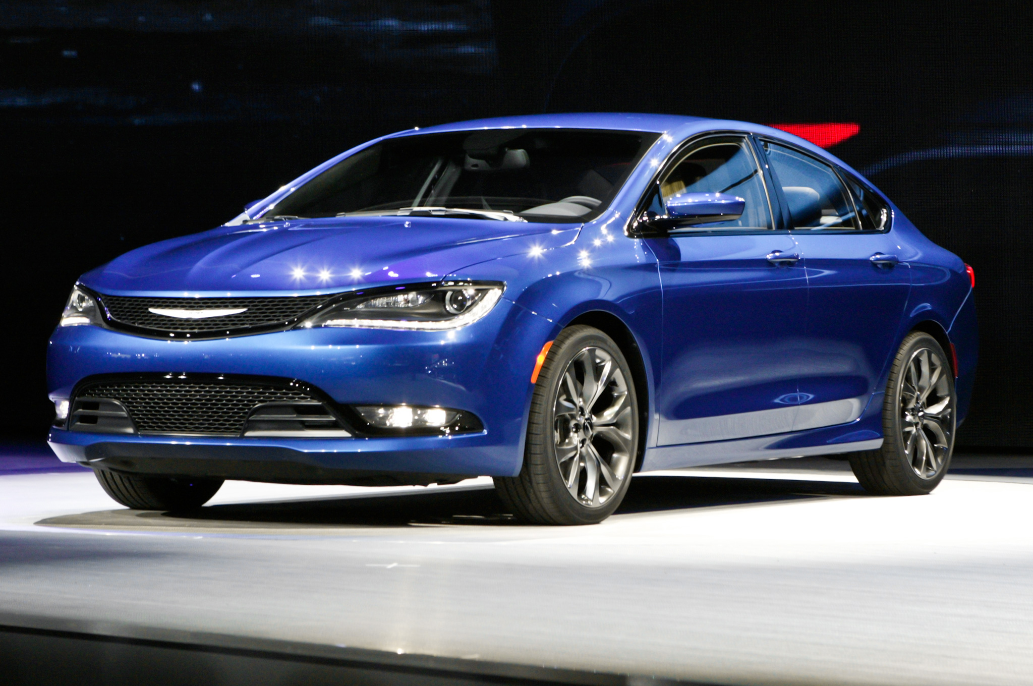 Chrysler 200 Vs 300