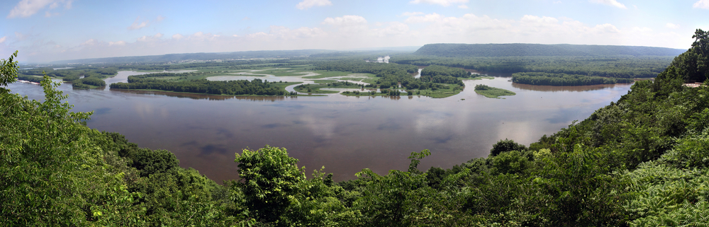 Pikes Peak State Park, overlooking the mighty Mississippi
