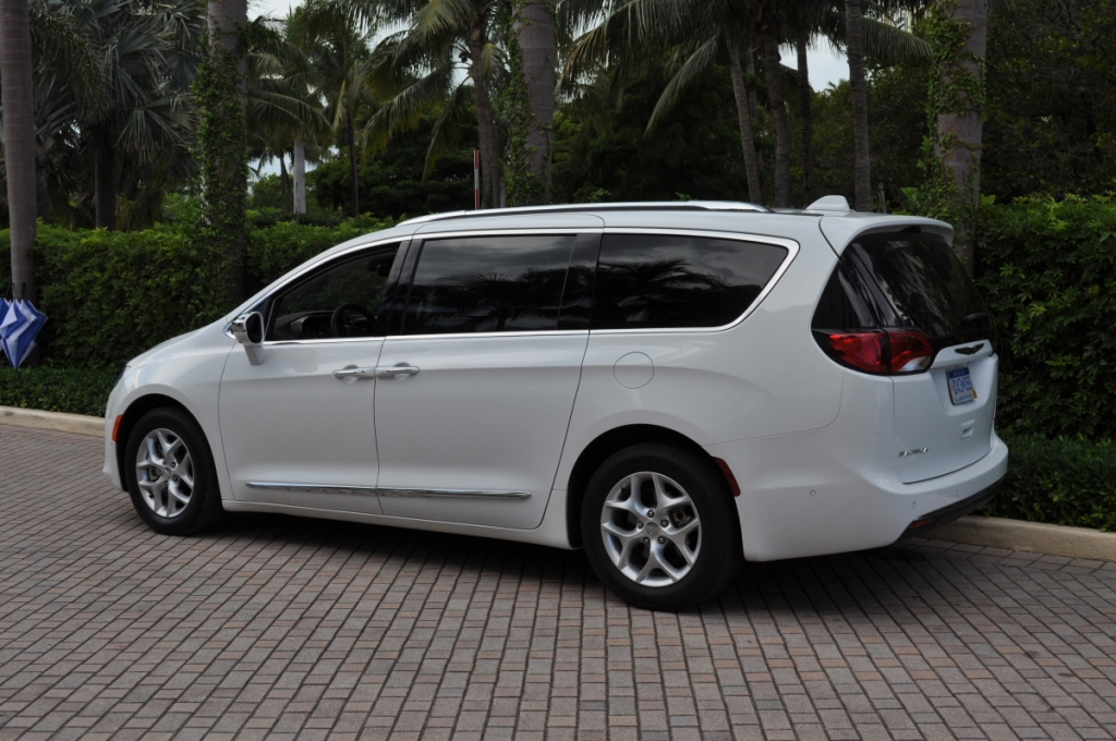 side-of-white-chrysler-pacifica