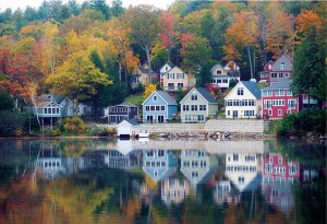 Picturesque views from Lake Winnipesaukee, New Hampshire