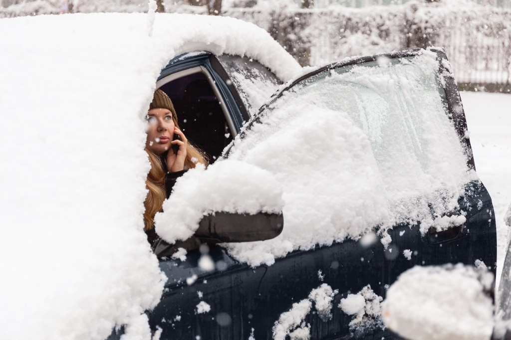 Vehicle calling for help in snowy conditions