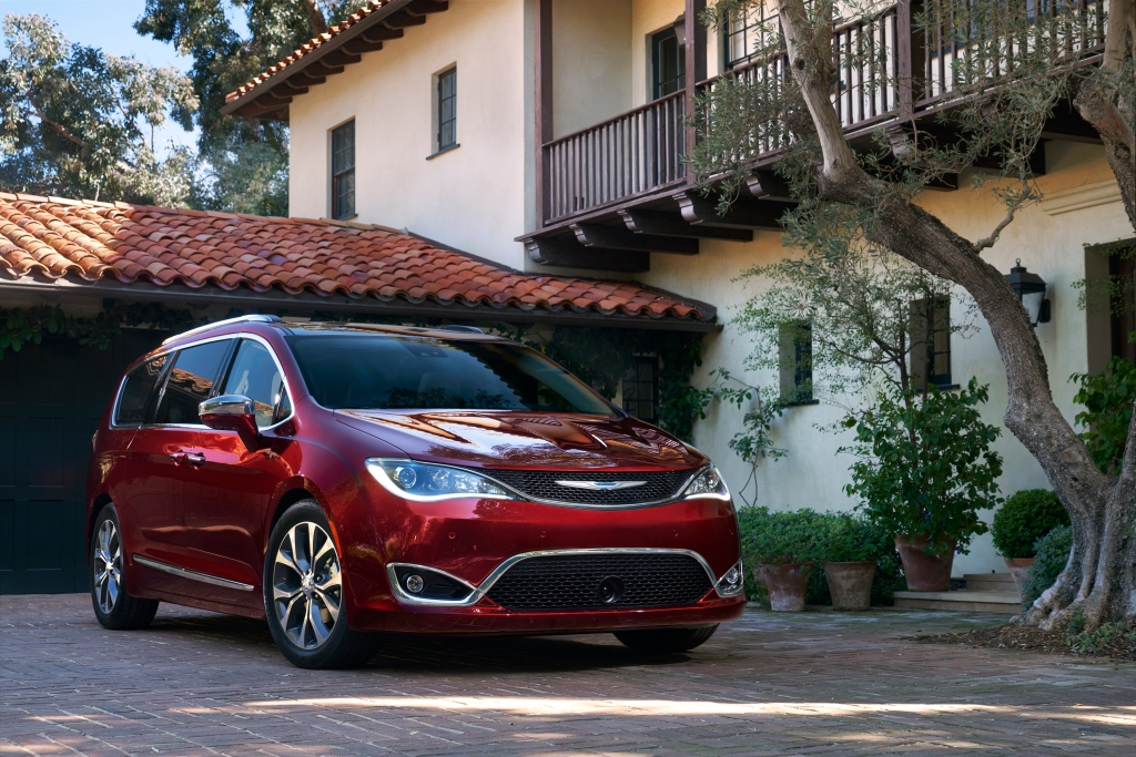 Chrysler Pacifica Top Safety Pick
