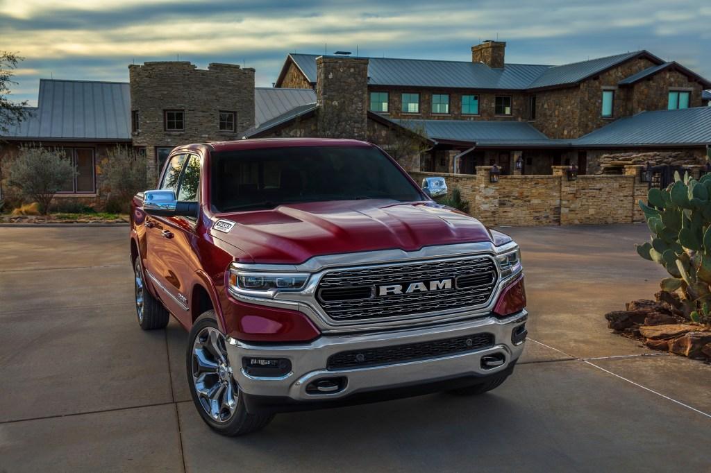 Ram 1500, Chrysler Pacifica