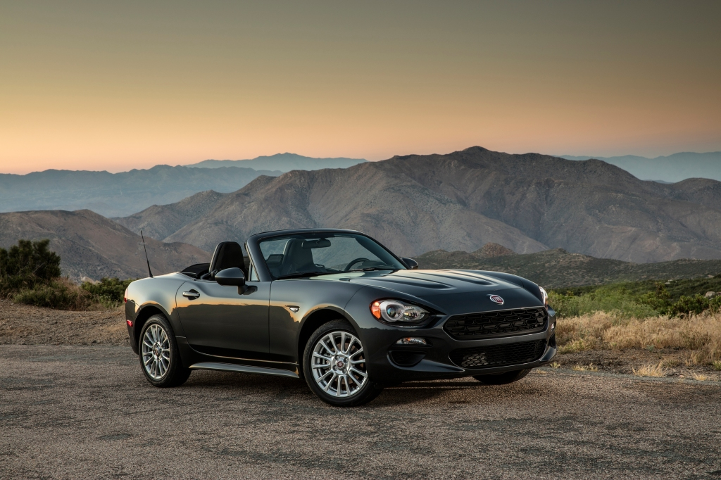 Jeep Wrangler, FIAT 124 Spider win KBB.com awards