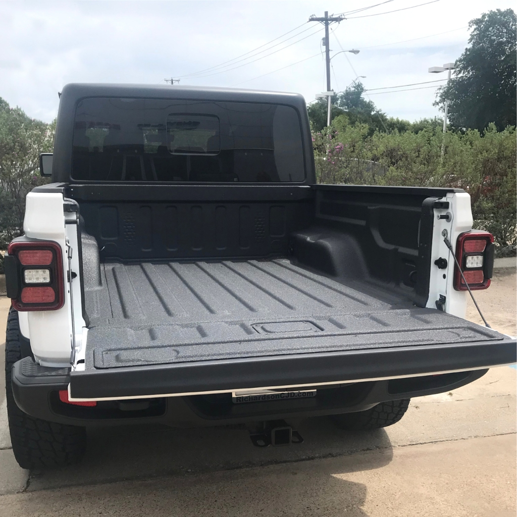 Jeep Gladiator truck bed