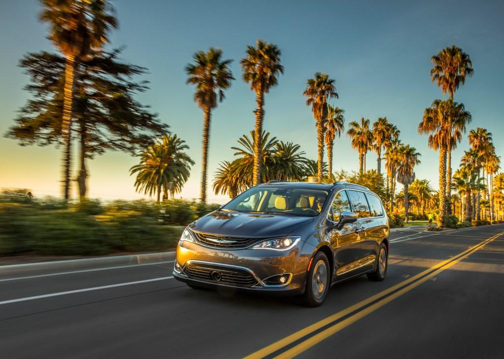Chrysler Pacifica Hybrid Autotrader